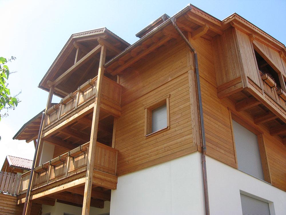 Mehrfamilienhaus-Olang